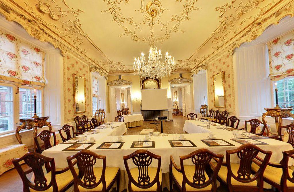 Yellow conferece room2